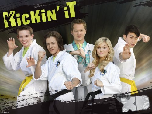 http://images4.wikia.nocookie.net/__cb20130630175011/disneyskickinit/images/7/7e/Kickin_it_season_3_cast.jpg