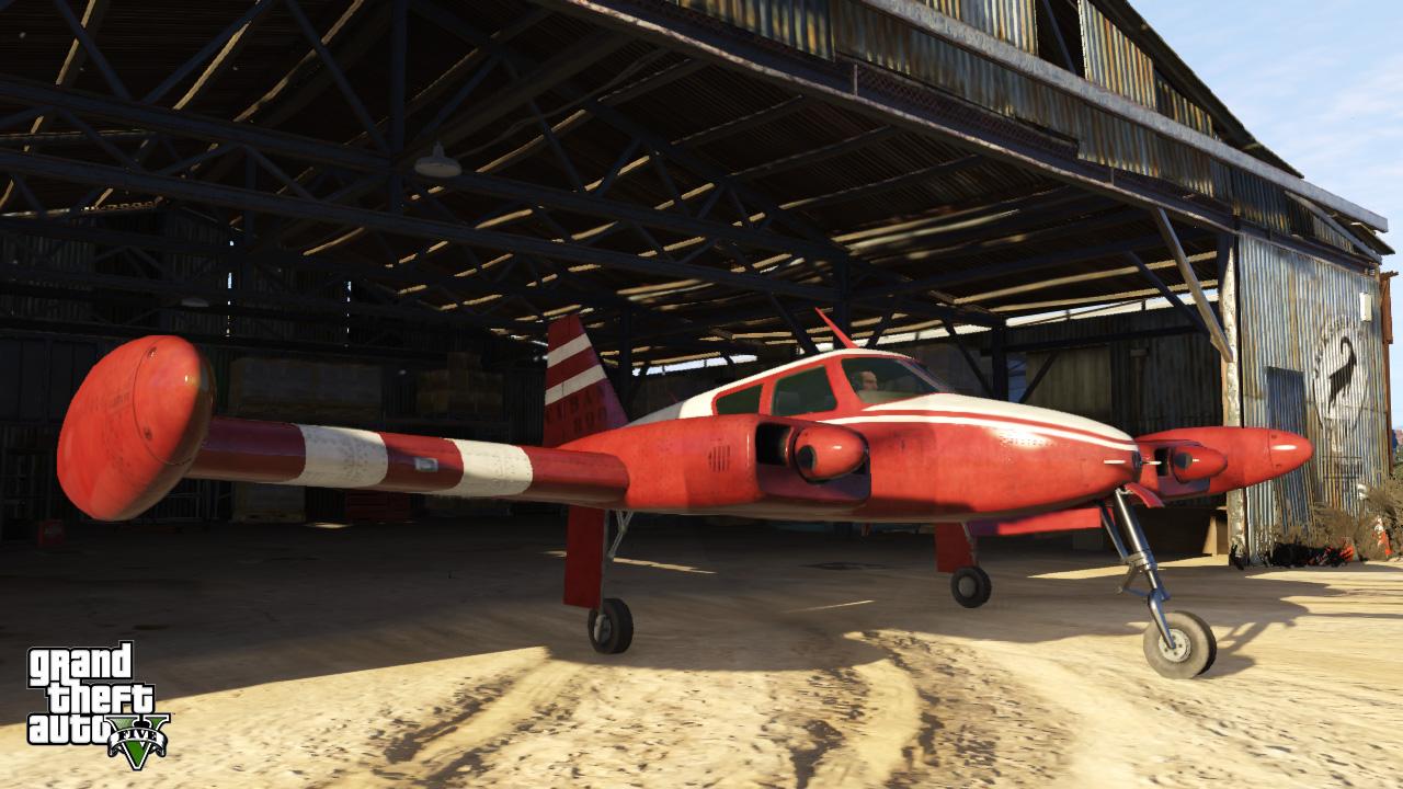 Cuban800-GTAV-hangar.jpg