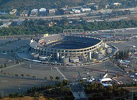 275px-Qualcomm_Stadium.jpg